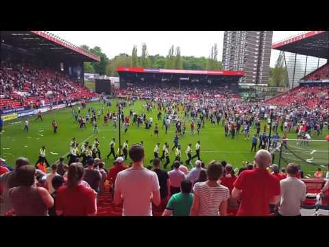 Charlton Athletic Protest & Pitch Invasion - (07/05/16 - Burnley Finale Match)