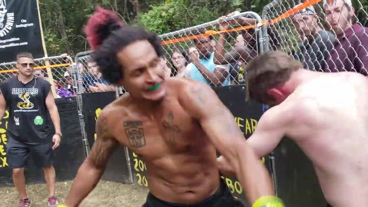 LITTLE COUNTRY VS ROCK T MMA ALTERNATE ANGLES