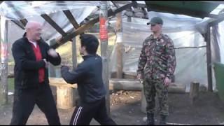 Комбинированные Атаки и Защиты Ножом Реальная Самооборона