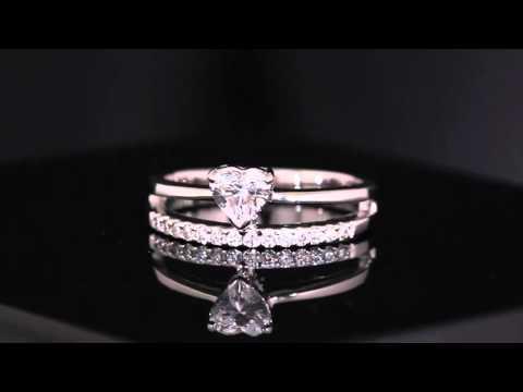 Heart of Crown แหวนเพชรรูปหัวใจ น้ำ 100 DColor ขนาด 0.35 กะรัต