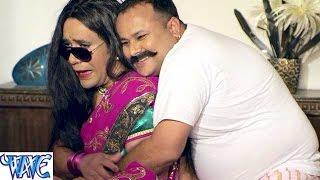 Download Hindi Video Songs - मंत्री बाद में लौण्डेबाज पहिले हई - Bhojpuri Hot Comedy Sence - Patna Se Pakistan - Dinesh Lal