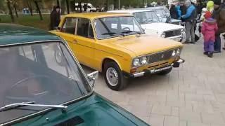 Ретро автомобили выставка в Самаре АЗЛК ВАЗ ГАЗ ИЖ Чайка