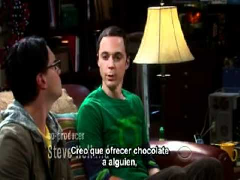 TBBT Sheldon Entrena A Penny Como Mascota Con Chocolates