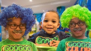 GRANDPA'S MAGIC COLOR HAIR! Learning The Colors with Fruit Juice! Pretend play with Goo Goo Gaga