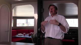 Visite guidée à bord du Neel 50, un trimaran qui allie vitesse et confort