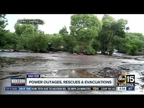 Flash flooding hits Mayer