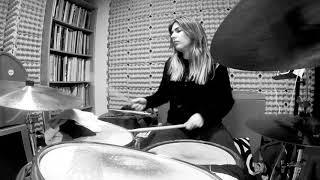 Naíma Acuña (Drums)