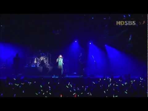 Avril Lavigne - Complicated - Live in Seoul Korea 2003 [HD]
