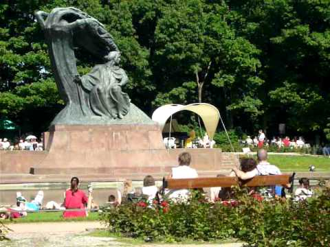 Koncert Chopinowski W Parku Lazienkowskim Chopin Concert In Royal Lazienki Park