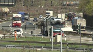 Realer Irrsinn: Autobahnkunst in NRW