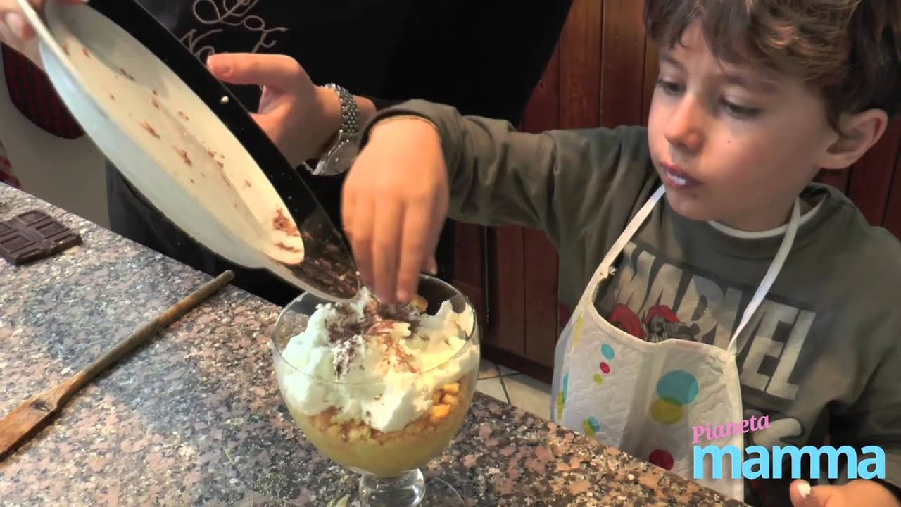 Cucinare un dolce con i bambini youtube - Cucinare con i bambini ...