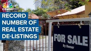 Coronavirus pandemic causes record number of real estate de-listings