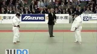 JUDO 2002 All Japan: Kosei Inoue 井上 康生 (JPN) – Kazuki Takayama (JPN)