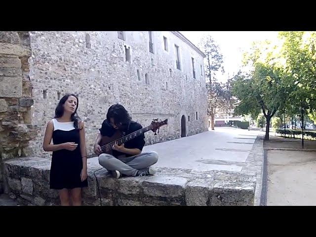Só à noitinha (Sofia Ribeiro & Andres Rotmistrovsky)
