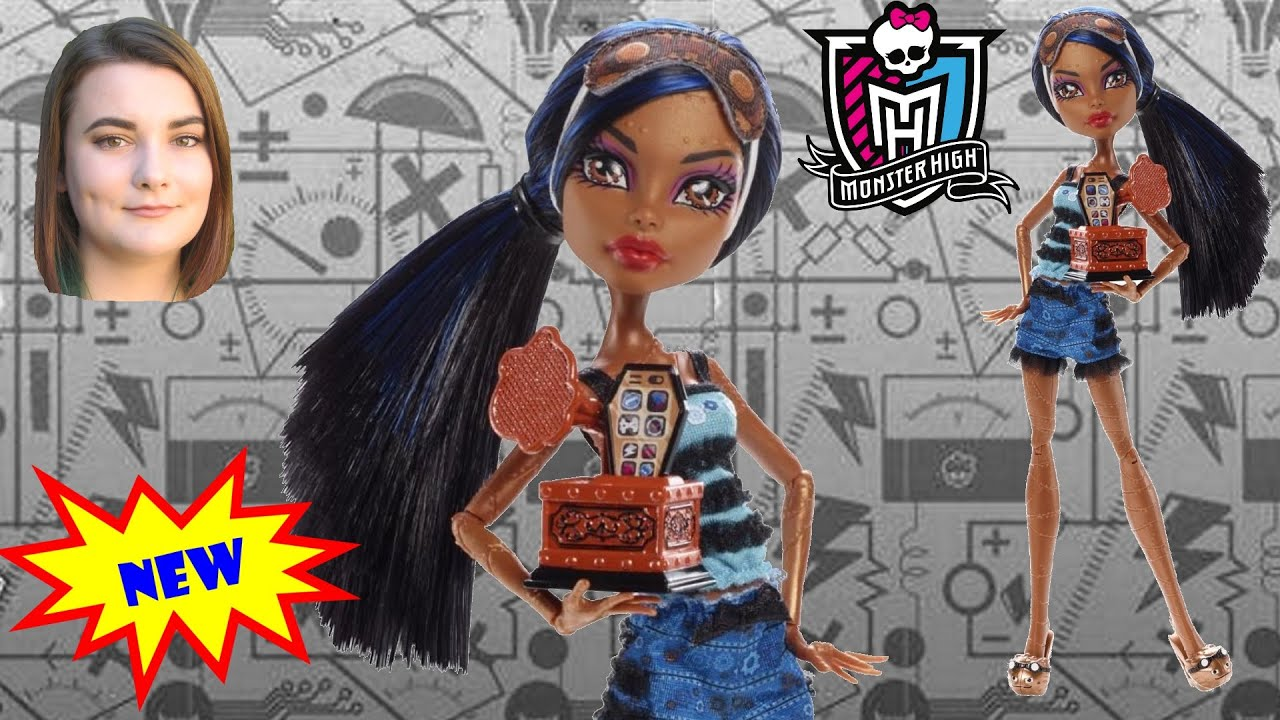 Robecca steam doll from monster high dead tired youtube - Monster high robecca steam ...