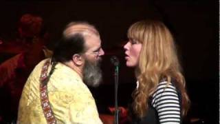 Watch Steve Earle Heaven Or Hell video