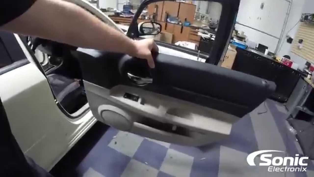 How To Remove Door Panels 2006 Dodge Magnum Sr 8 Youtube