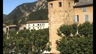 Castellane, Alpes de Haute Provence: Le Roc, rivière le verdon...
