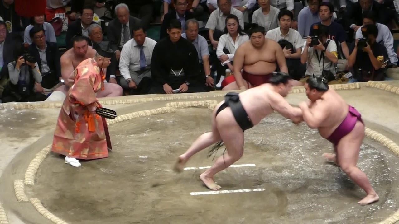 Ryuden (8-5) - Komusubi Mitakeumi (7-6) , Sumo : Natsubasho '19