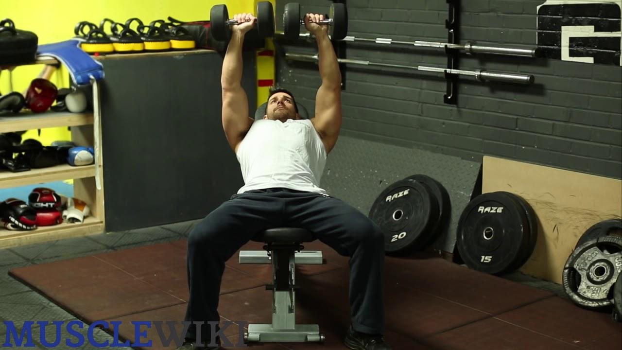 Bài tập cơ ngực dành cho nam 2 Nằm ghế nghiêng đẩy tạ tay