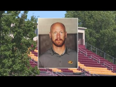 Avon Lake teacher resigns after ?concerning communication? with student