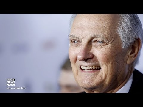Why Alan Alda pays close attention to people's faces