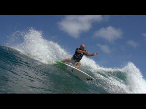 HOTDOGGER presents : SURFING WITH Shane Dorian