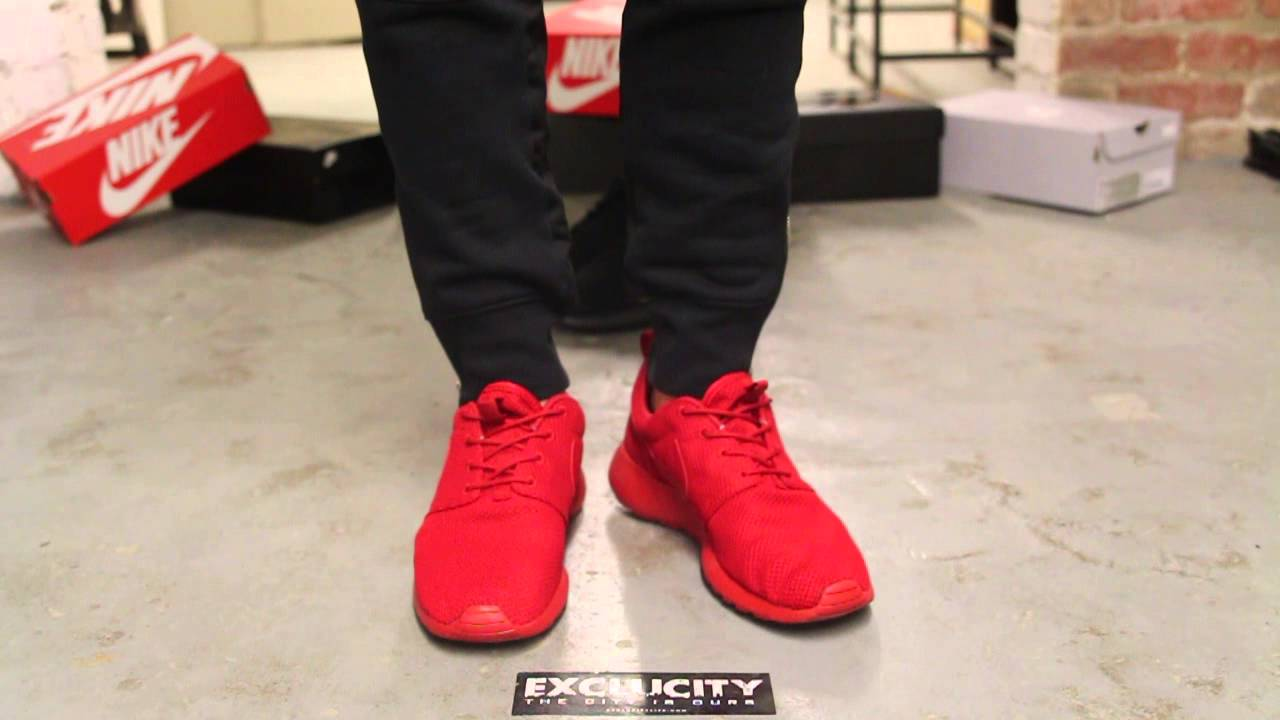 Nike Roshe Run Red On Feet