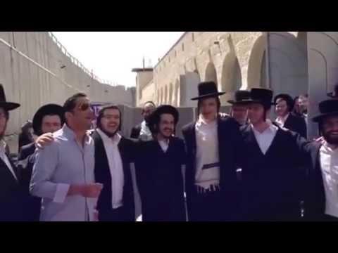 חיים ישראל בקבר רחל