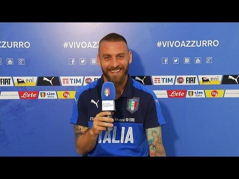 De Rossi risponde alle domande dei tifosi azzurri - EURO 2016