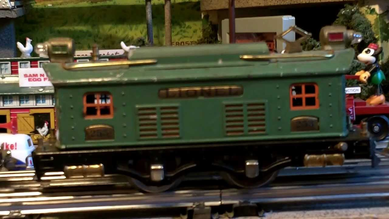 Lionel 253 Passenger Train In Peacock Green