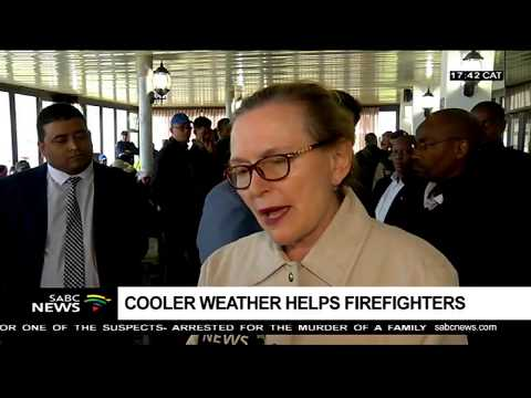 Helen Zille visits the fire raged Western Cape areas