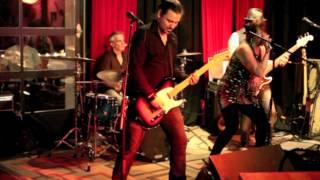 Thirteen Bucks Live au St-Laurent Blues Bar - Zeppelin
