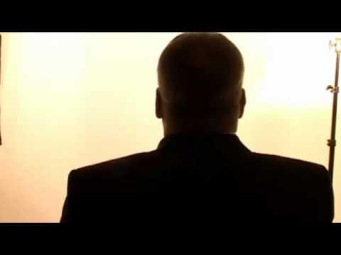 Un ofiter roman SRI, rupe tacerea in privinta OZN urilor