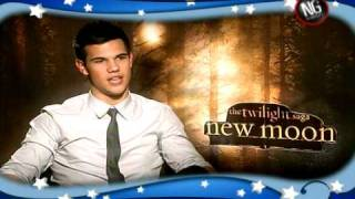 Twilight New Moon Uncensored wRobert Pattinson Kristen Stewart Taylor Lautner  Carrie Keagan