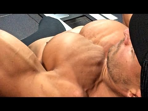 Incline Chest Press - Everything You Need To Know