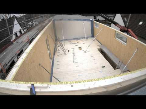 Gebr. Schütt KG - Montage von 2 Einfamilienhäusern in Holzrahmenbauweise