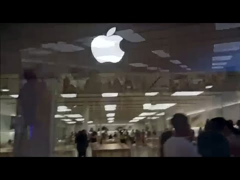 Visiting the Very First APPLE STORE in the US
