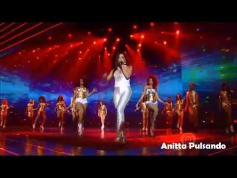 Anitta no Show da Virada - Na Batida