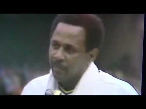 Willie Stargell Says Good-Bye To Pittsburgh Pirates Fans!