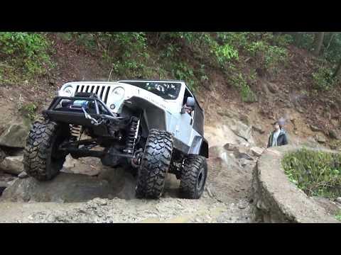 Pit Bull Tires - TJ Wrangler