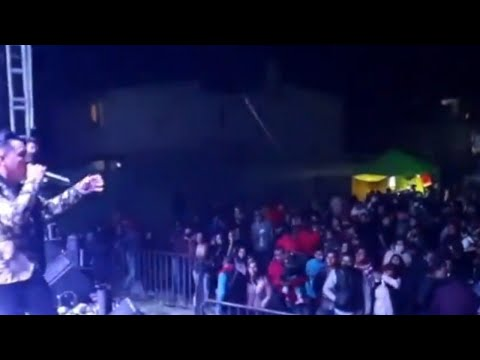 """Al que le valga ma… el coronavirus"", dice grupo musical en baile masivo en Toluca"