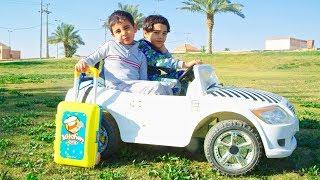 Zyad and Elias ride on Car to camping / زياد والياس يقودون السياره للتخيم