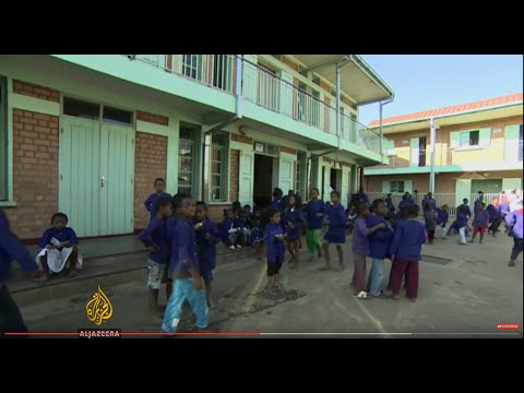 Economic liberalization leaves thousands out of school in Madagascar