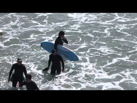 """[FANCAM] 130917 Lee Min Ho surfing on """"The Heirs"""" set at Huntington Beach"""