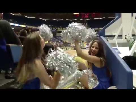Israeli women cheerleaders (Israel cheerleading dancing girls Israeli women beautiful dance)