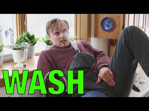Mitchell Robbins Washes Dishes