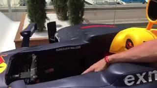 Robert Doornbos over de Red Bull auto van Max Verstappen
