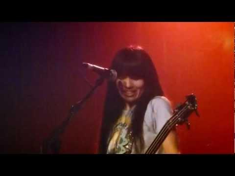 """SHONEN KNIFE: """"SHEENA IS A PUNK ROCKER"""" LIVE IN LONDON 11/9/2011 (PT 16 OF 19)"""