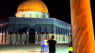 Kudüs Mescid-i Aksa da bir sabah ezanı.